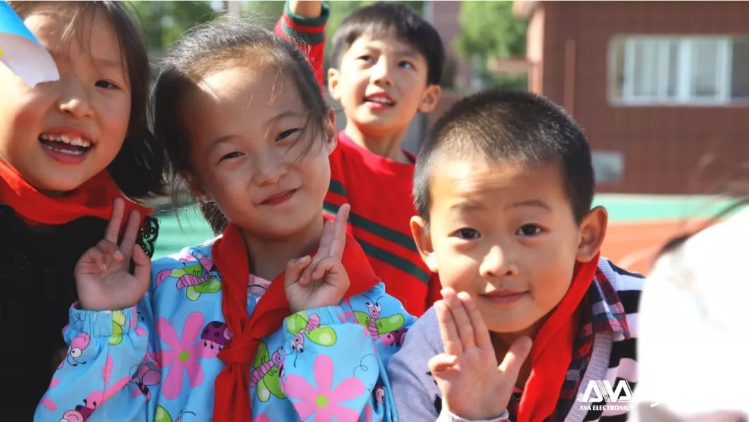 科技与公益同行 | 奥威亚助力陕西教育信息化创新公益行