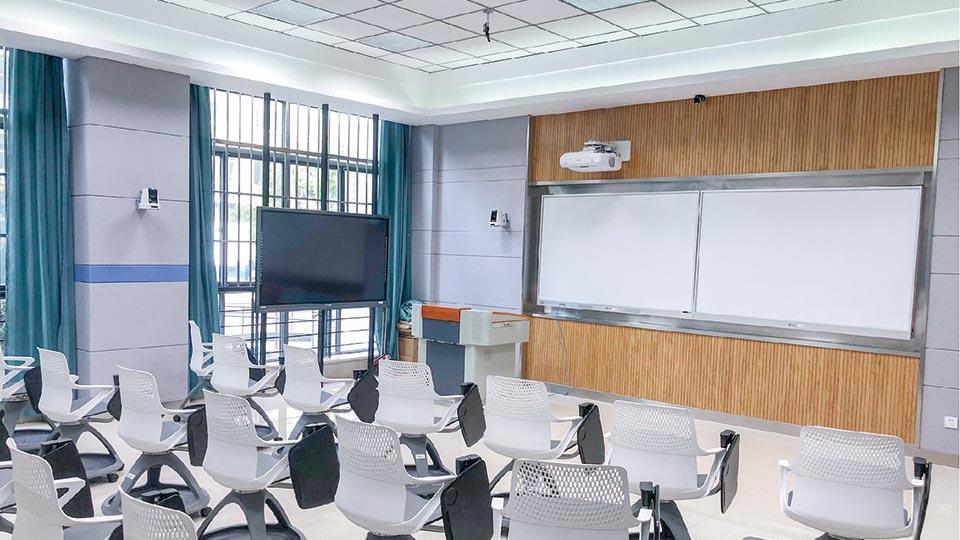 江南大学智慧互动教室建设