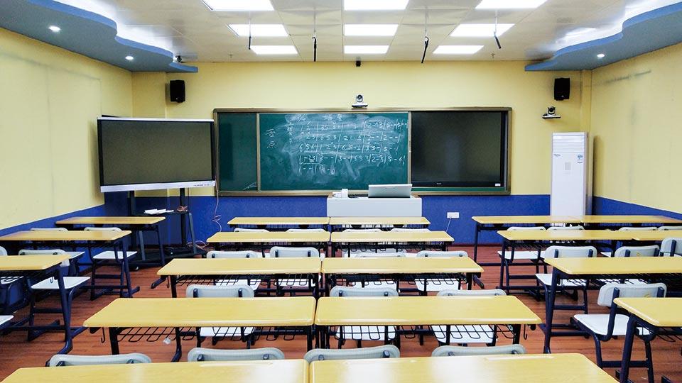 海南海口市第二十七小学录播教室建设